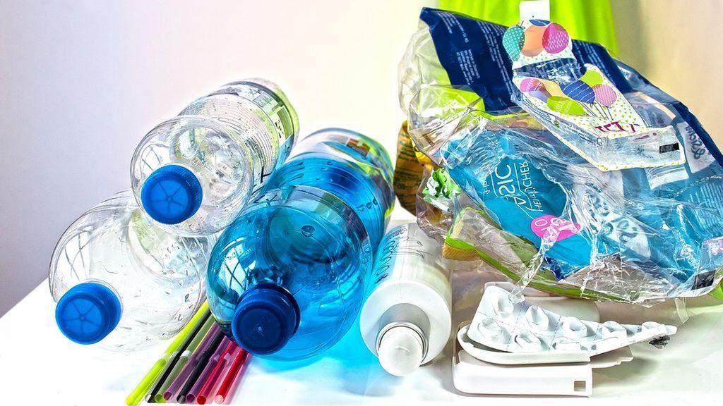 La Red critica la nada ecológica propuesta de un supermercado para acabar con el plástico
