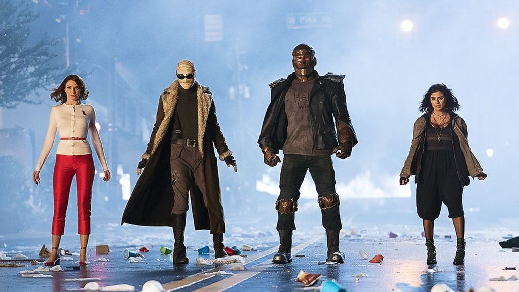 April Bowlby (Elasti-Woman), Matthew Zuk (Negative Man), Brendan Fraser (Robotman) y Diane Guerrero (Crazy Jane), protagonistas de 'Doom patrol'.