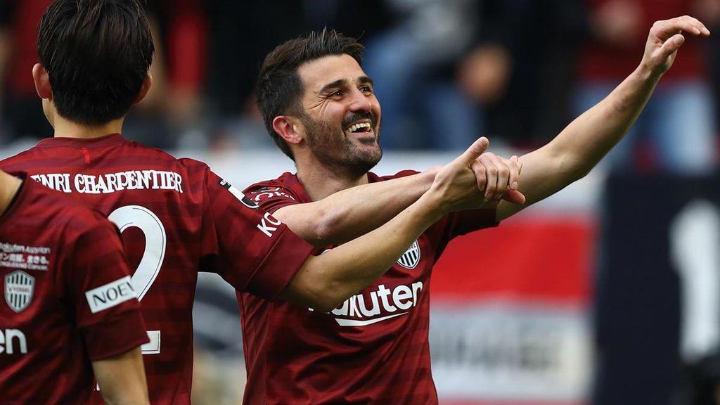 Villa sigue siendo un 'killer': golazo para ganar al Tosu de Torres
