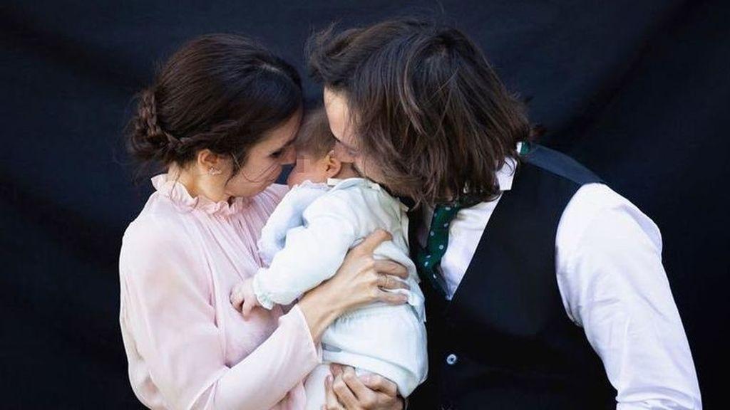 Elena Furiase desvela el gesto feminista de las invitadas en el bautizo de su hijo