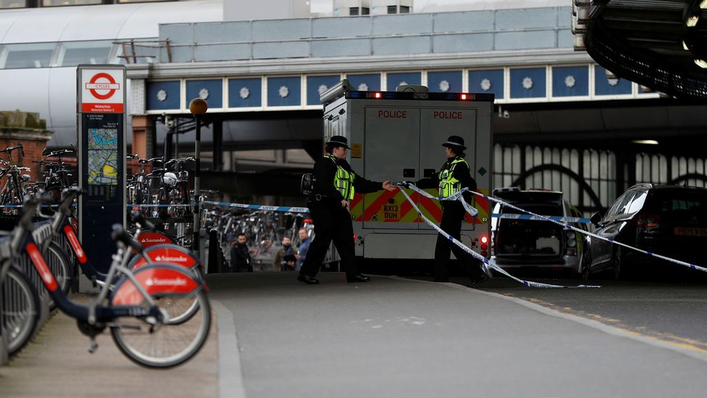 Investigación por terrorismo en Londres tras tres amenazas de bomba