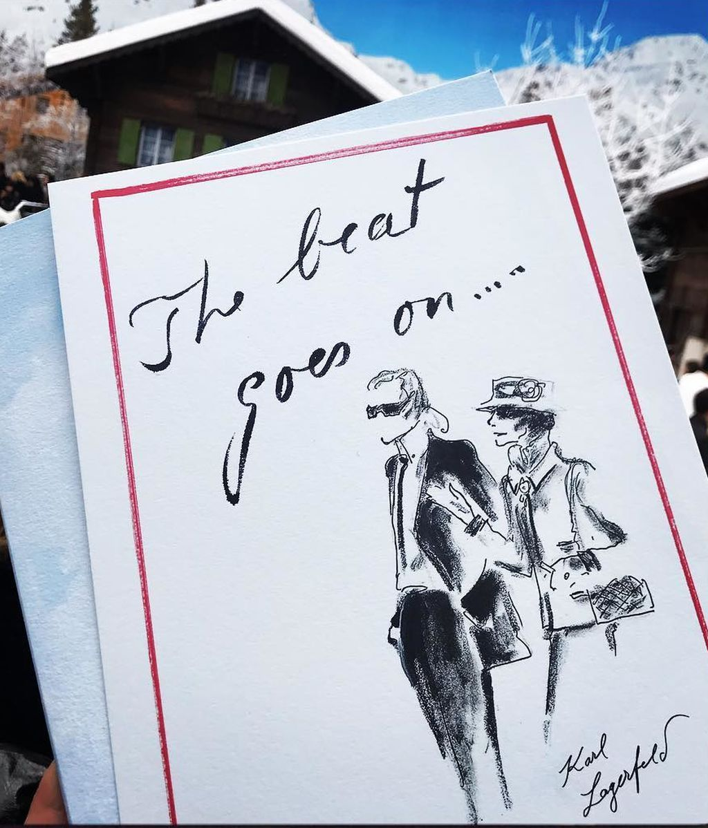 El desfile póstumo de Chanel en honor a Karl Lagerfeld, en fotos