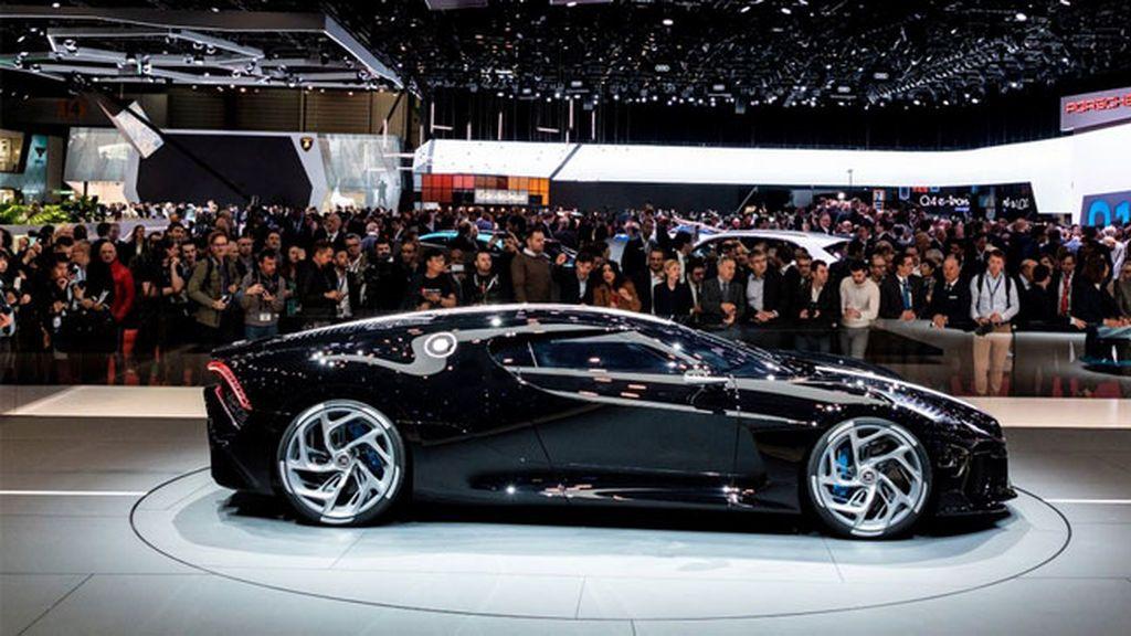 Presentan el coche más caro del mundo, 'La voiture Noire' de Bugatti