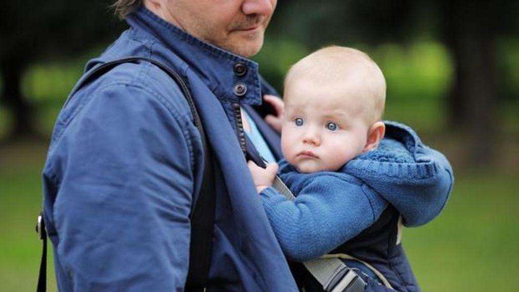 El Gobierno aplaza otra vez la ampliación de las bajas por paternidad, ahora al 1 de abril
