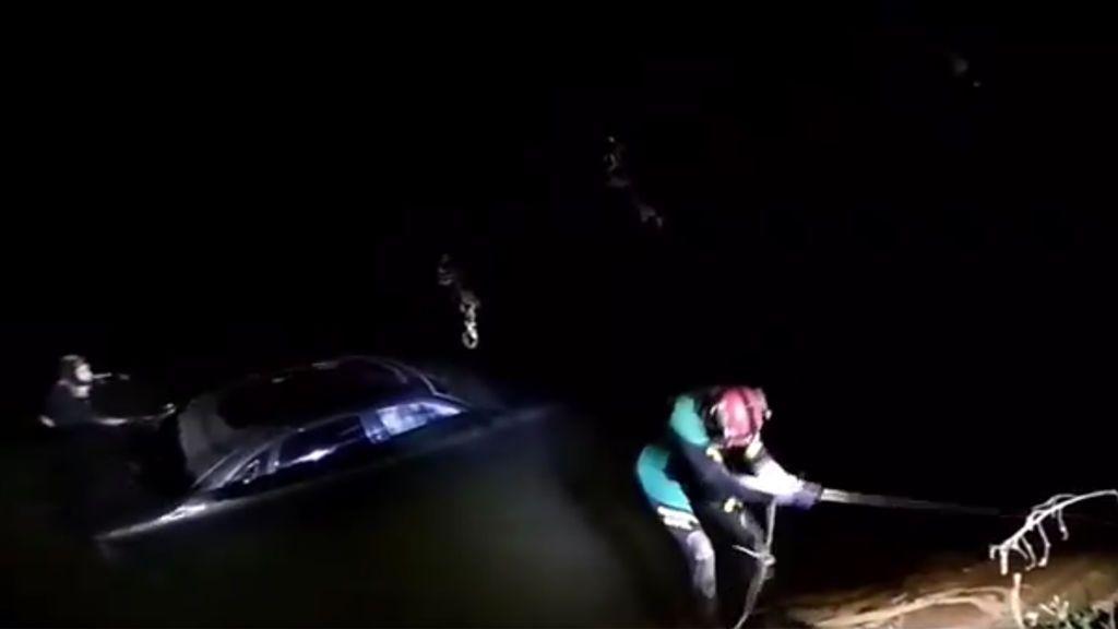Un conductor muere ahogado en un canal de Zaragoza tras salvar la vida de su pareja