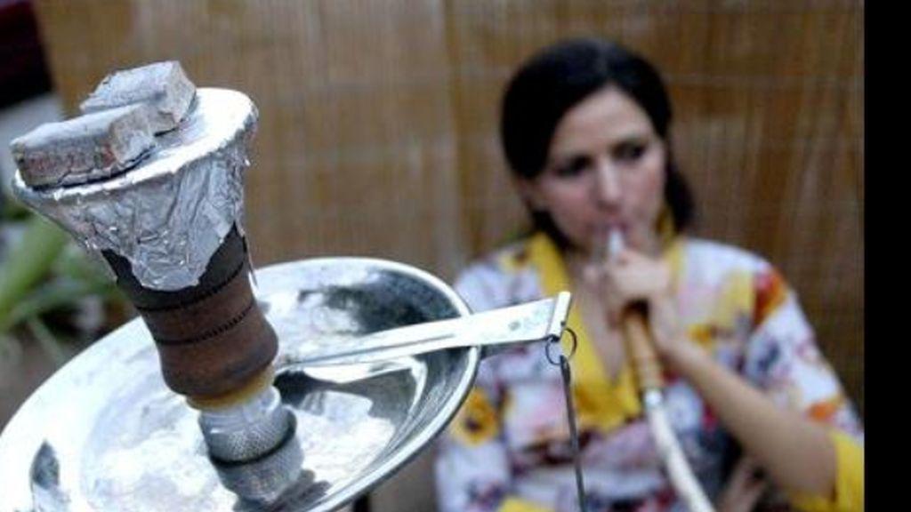 Arabia Saudí declara la guerra al tabaco, también a las pipas de agua