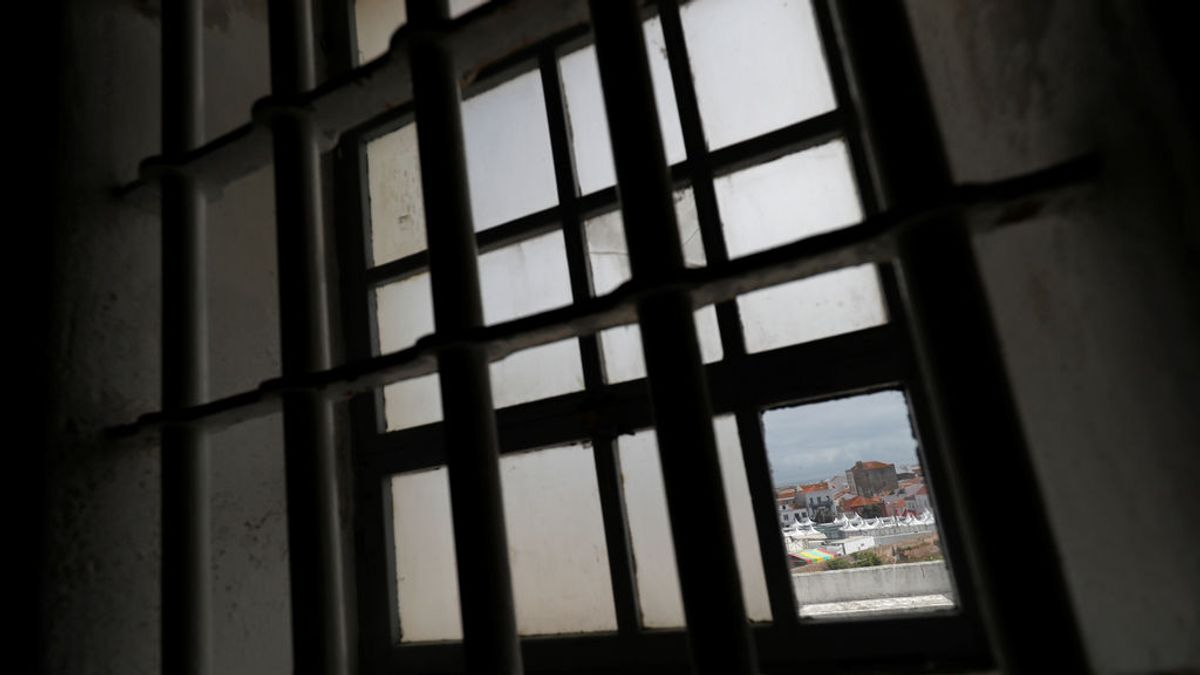 Condenado a cadena perpetua por envenenar a sus amigos durante años