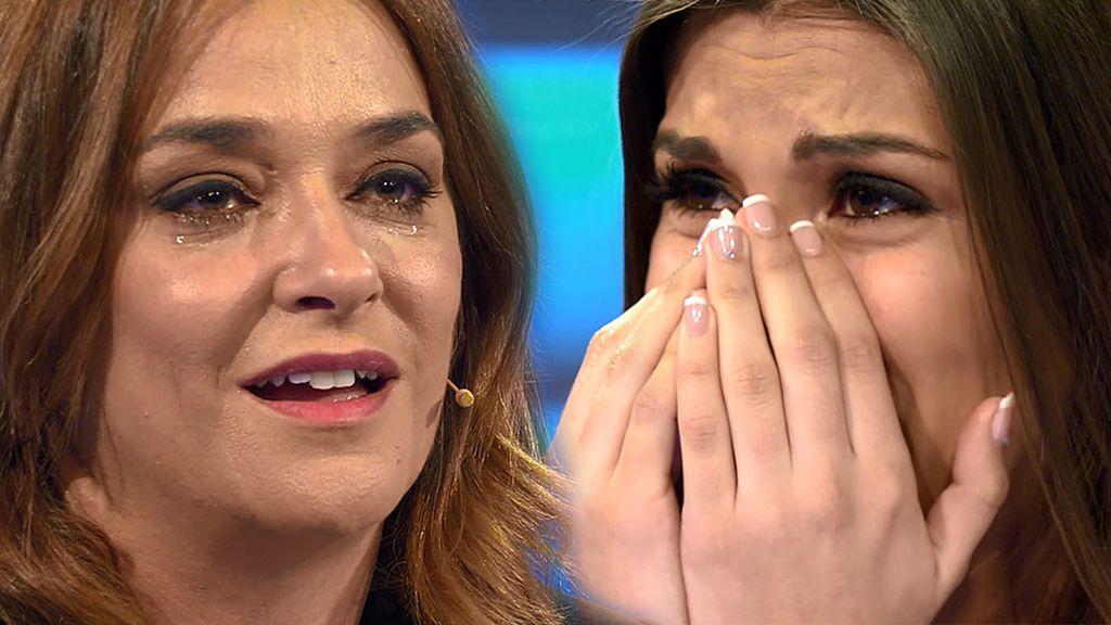 """Jenni rompe a llorar al ver que Toñi está detrás de su sorpresa: """"Te quiero, ¡eres tan buena!"""""""