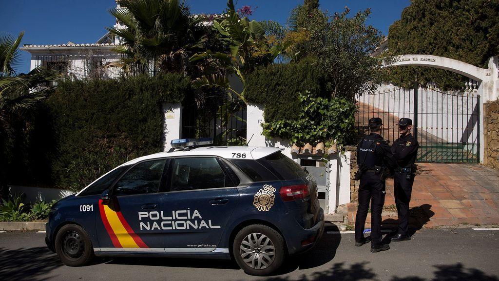 Detenido un hombre en Estepona por matar presuntamente a su mujer delante de su hijo