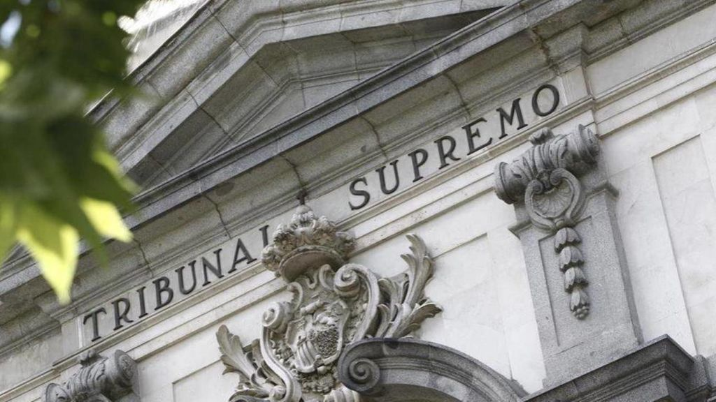 Condenado a 35 años de prisión por violar a su hijo y a otros dos menores en Lugo