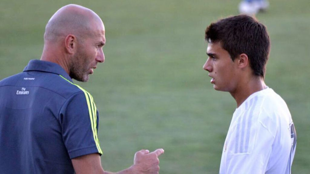 El tuit viral de Reguilón que 'adelantaba' la llegada de Zidane por Solari