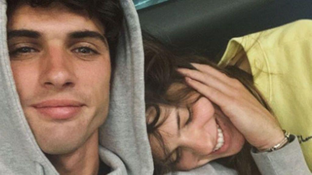 Laura Matamoros y Daniel Illescas abandonan España: Los detalles de su inesperado viaje