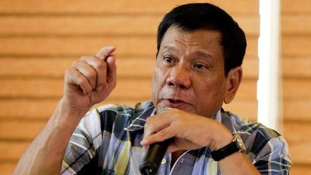 El presidente de Filipinas justifica que los clérigos no puedan controlar sus impulsos sexuales porque son hombres