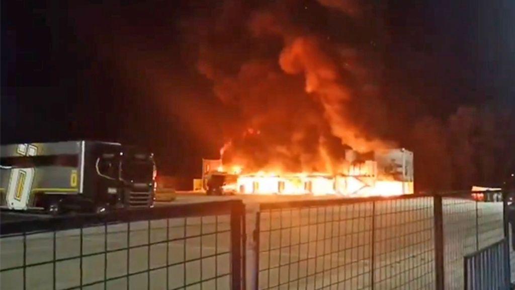 """El Mundial de MotoE está """"garantizado"""" aunque el inicio en Jerez es seria duda por el tremendo incendio en el circuito"""