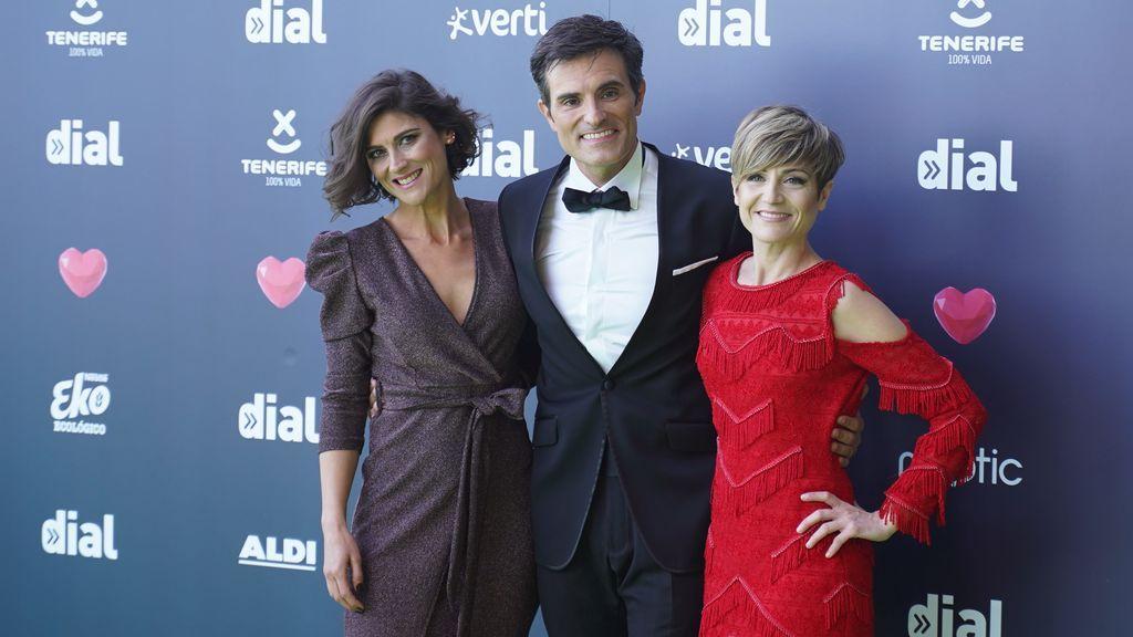 Los presentadores de la gala Carmen Ramirez, Luis Larrodera y Sara Escudero