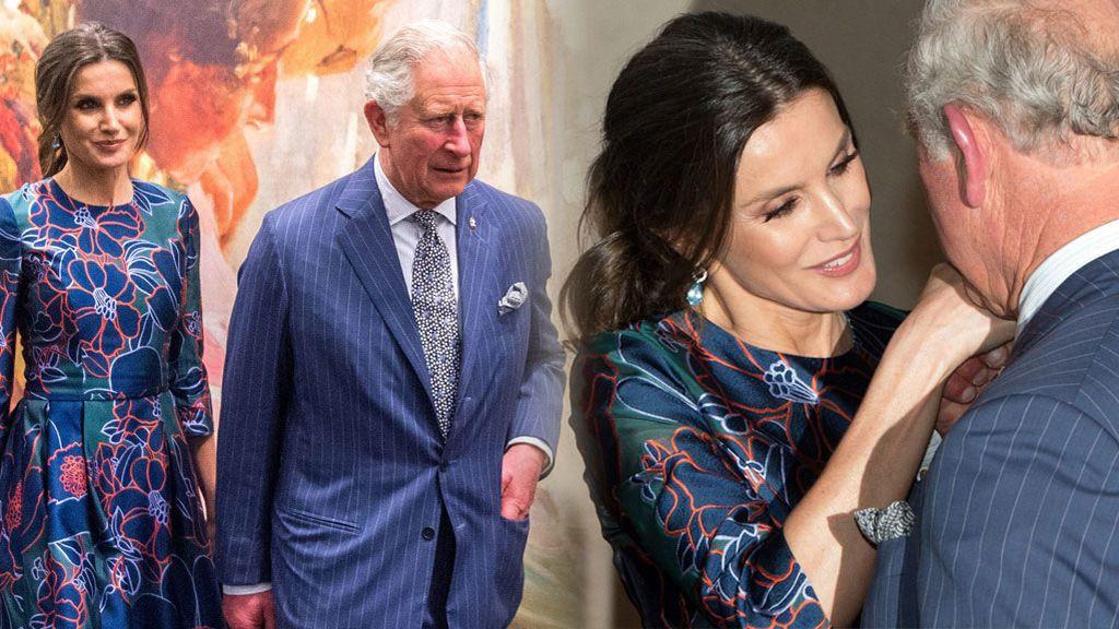 Letizia llegó tarde pero hubo 'feeling': el encuentro de la reina con Carlos de Inglaterra, foto a foto