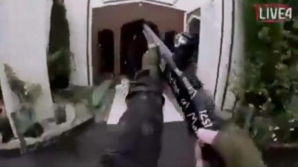 Ataque terrorista en Nueva Zelanda: decenas de muertos en dos ataques a mezquitas