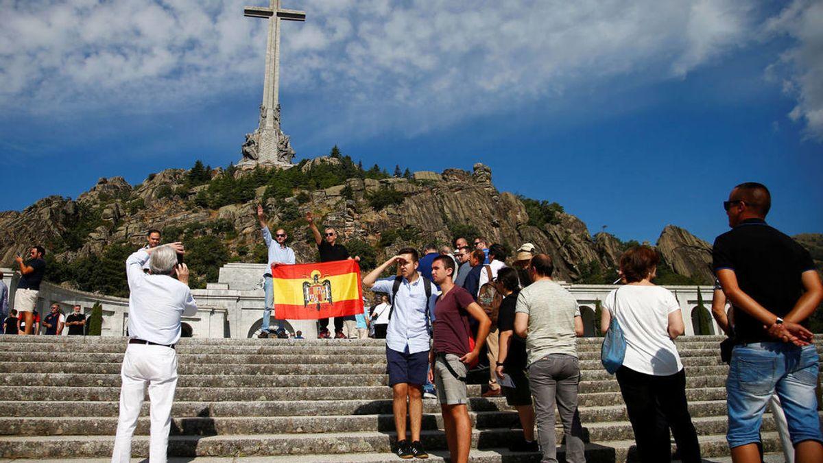 El Gobierno recusa al juez que se opone a exhumar Franco