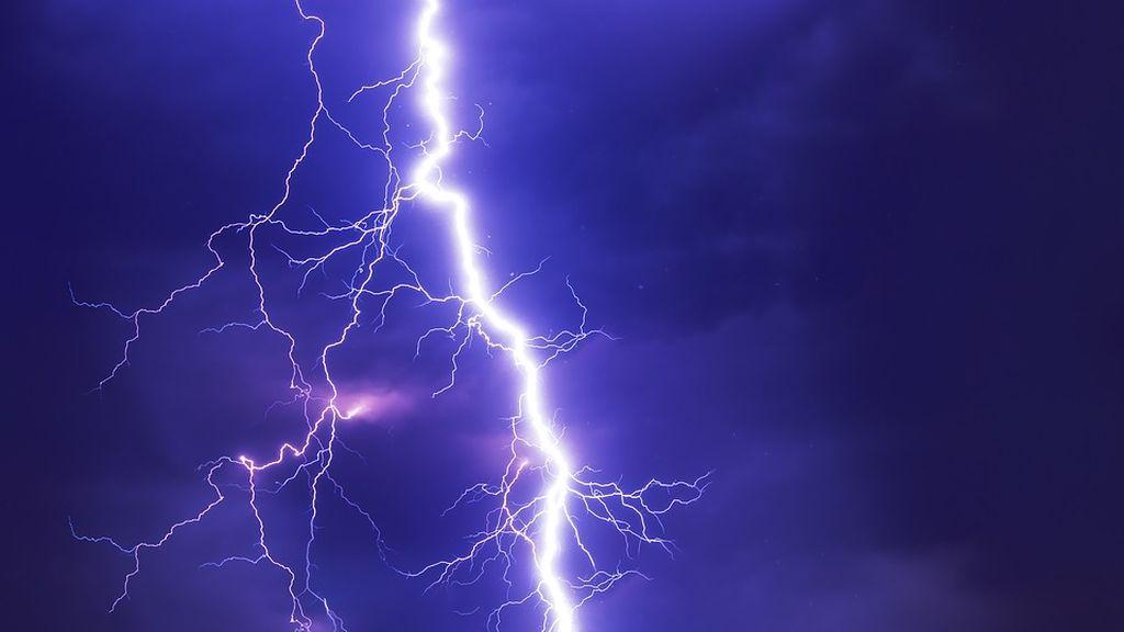 Investigadores Indios registran la tormenta eléctrica más potente de la historia