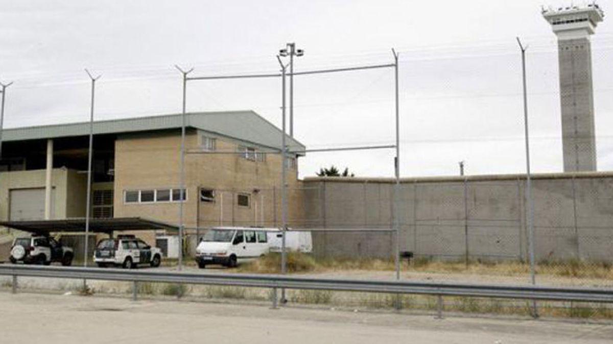 Un preso de la cárcel de Soto del Real hiere a un funcionario con un punzón casero