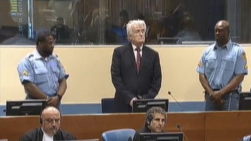 Condenado a cadena perpetua Karadzic, el carnicero de Sarajevo