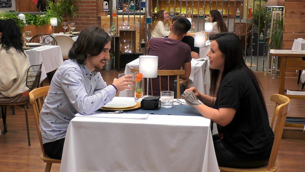 Marcos y Lucía protagonizan una cita unidos por su pasión por el cine