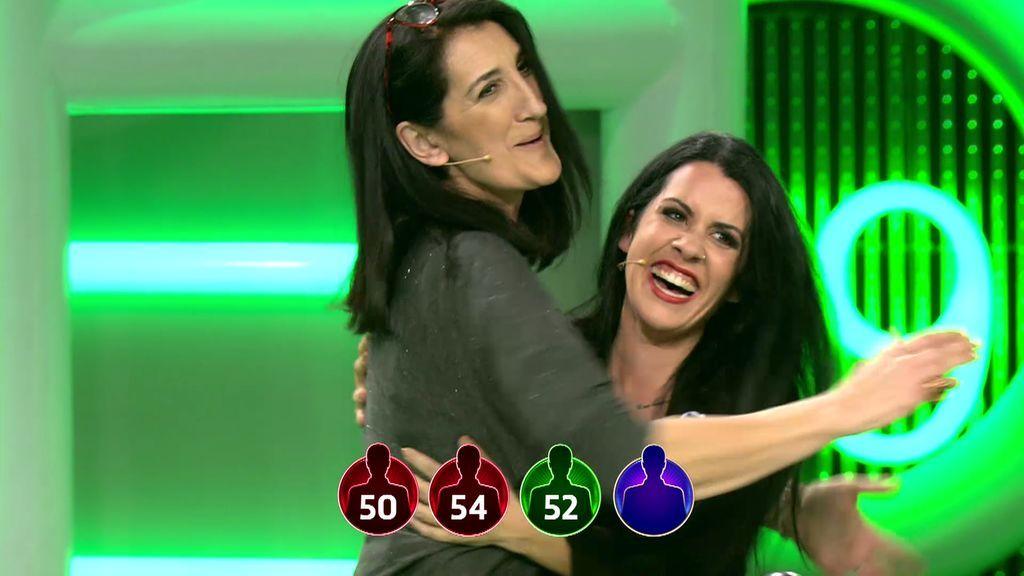 Eva e Inma, exsuegra y excuñada consiguen el dinero para irse de viaje en busca del calor
