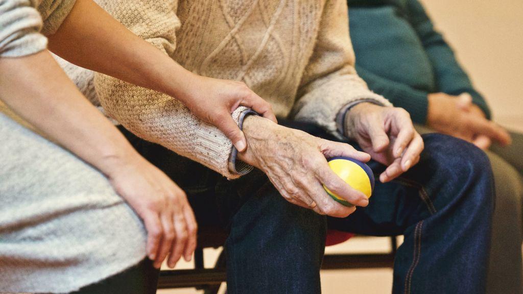 Una mujer capaz de oler el Parkinson ayuda a científicos a descubrir biomarcadores de la enfermedad
