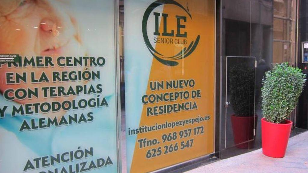 La residencia investigada en Murcia: La Policía halla una caja fuerte con 100.000 euros en un nuevo registro