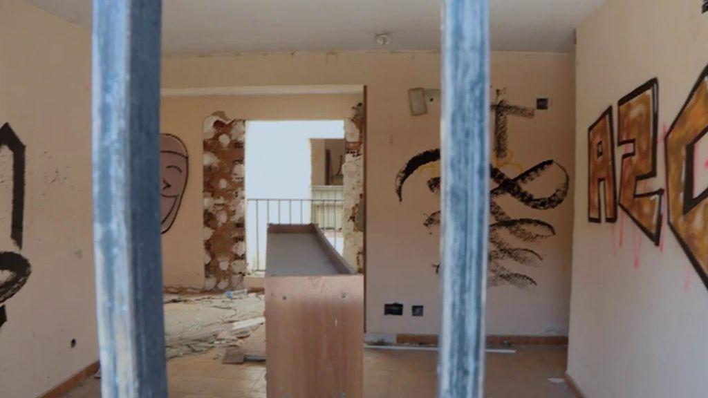 Las imágenes de la residencia abandonada de 'La Manada de Azuqueca'