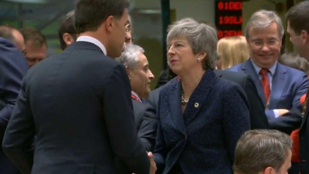 Brexit: La UE da un nuevo respiro a Londres, hasta el 12 de abril