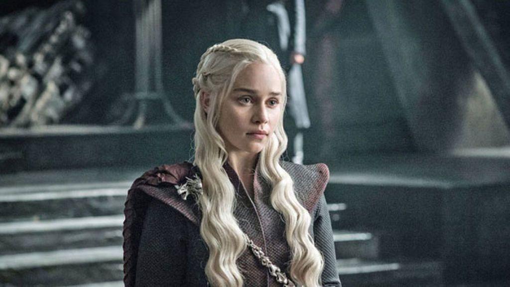 Emilia Clarke casi pierde la vida tras sufrir dos aneurismas mientras rodaba 'Juego de Tronos'