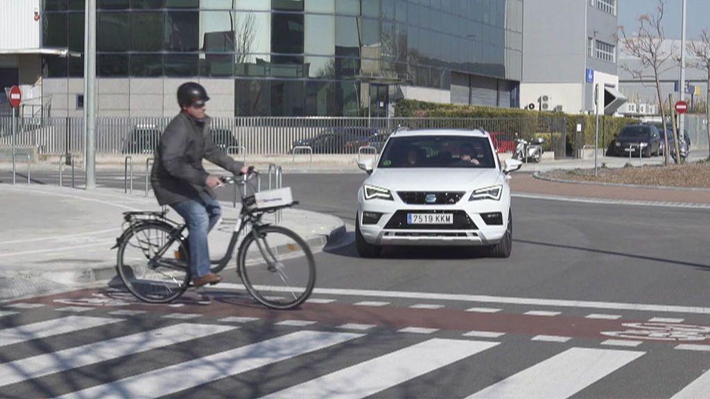 La tecnología 5G de tu móvil te avisará de peatones o bicicletas que no sean visibles con facilidad mientras conduces