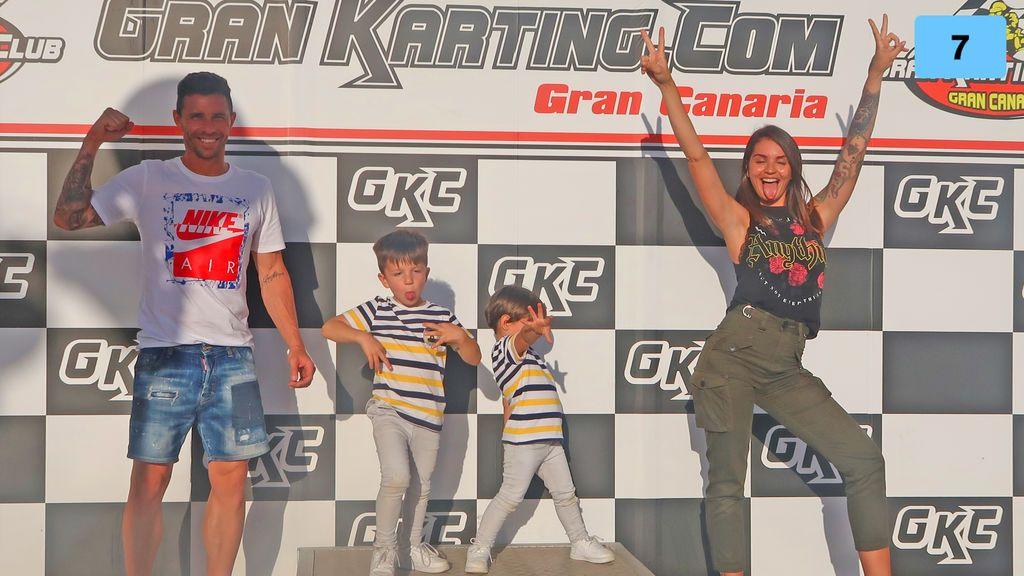 María nos cuela en su nueva aventura familiar: día de Karting con Rubén y los niños