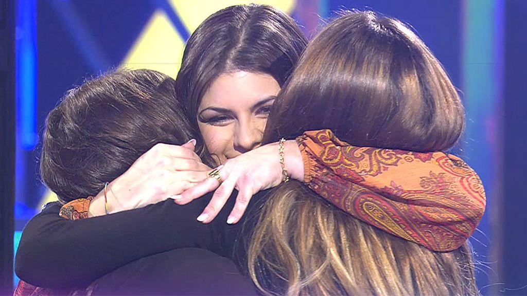"""Un chico acabó con la relación de tres amigas y necesitan recuperarse: """"Te amo mucho, tía"""""""