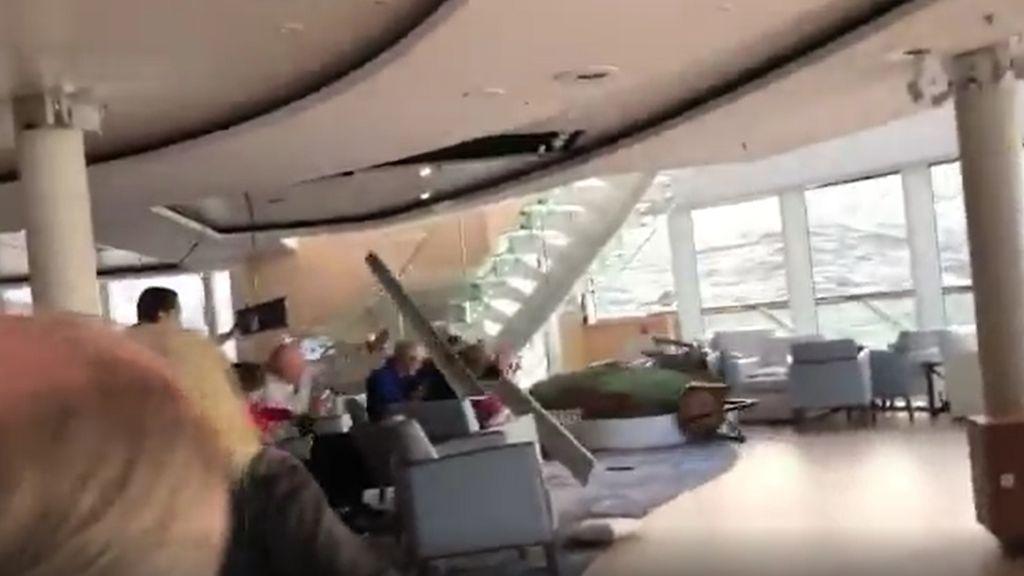 Crucero noruego averiado: los pasajeros graban el angustioso momento