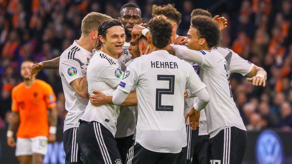 Schulz da la victoria a Alemania tras una gran combinación entre Gundogan y Reus