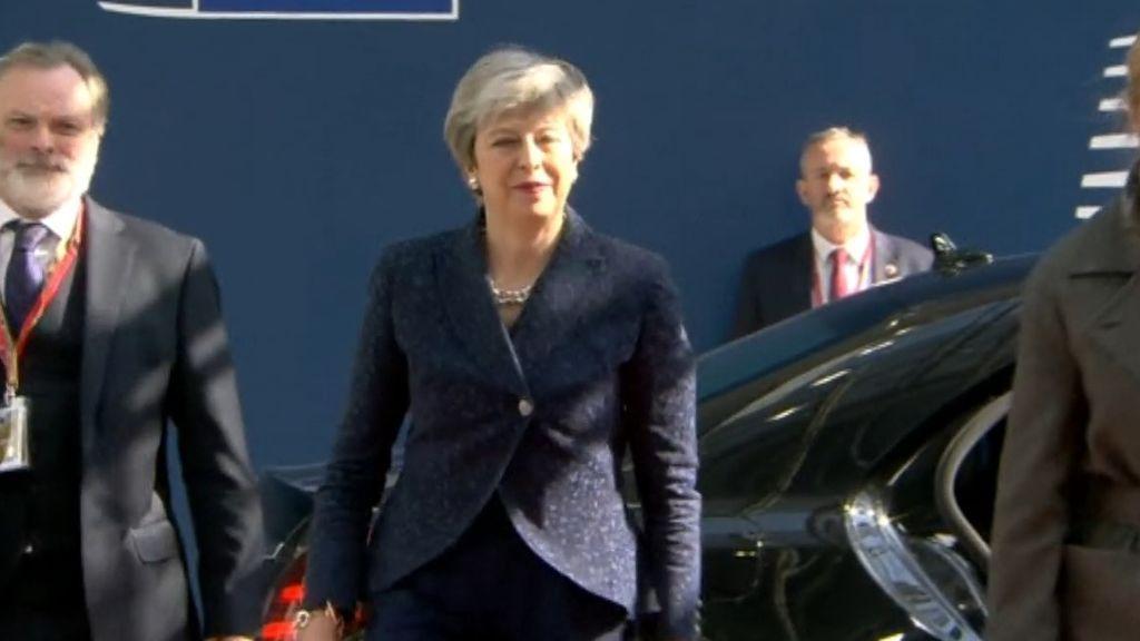 El gabinete de May querría reemplazar a la primera ministra según medios británicos
