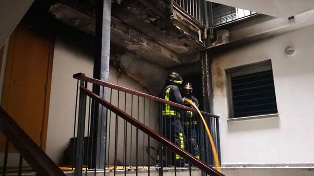 Angustioso incendio en un piso de Las Palmas de Gran Canaria con varias personas atrapadas