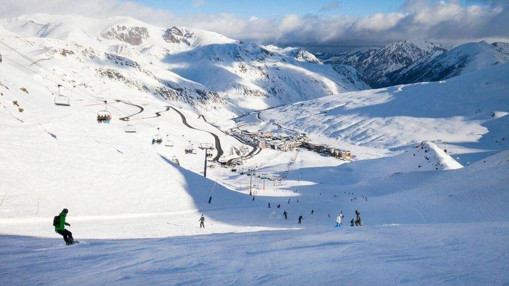 Muere un hombre en un fatal accidente cuando hacía snowboard en Andorra