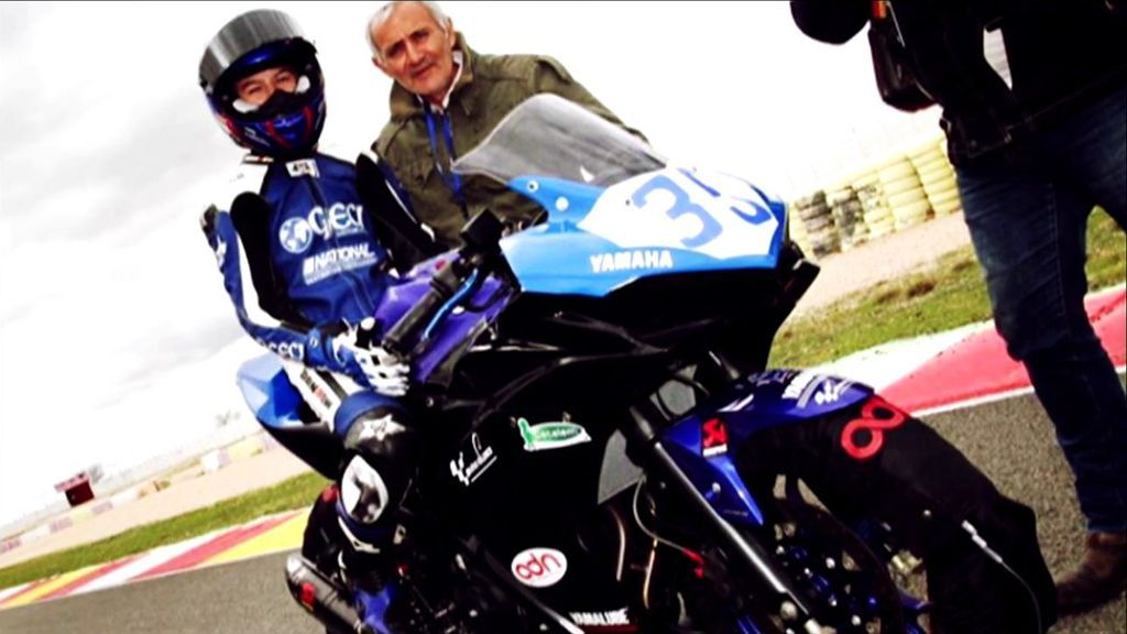 Temeridad o talento precoz: ¿A qué edad debe un niño competir con una moto?