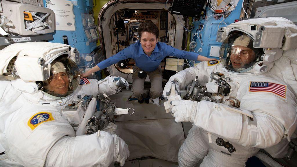 La NASA cancela la caminata espacial exclusivamente femenina por falta de trajes de su talla