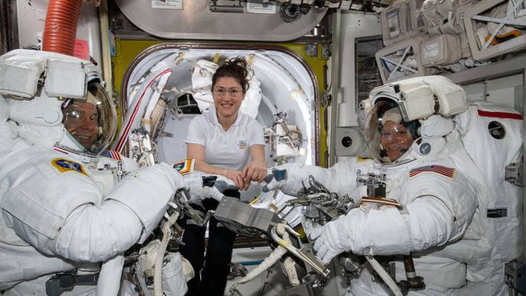 Parece broma: la razón por la que la NASA ha cancelado el primer paseo espacial femenino