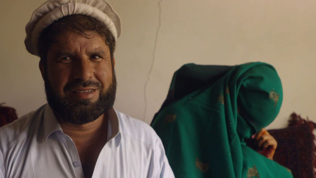"""Shir-Khan, el novio en un matrimonio infantil: """"He pagado 4.700 euros y un terreno por la niña"""""""