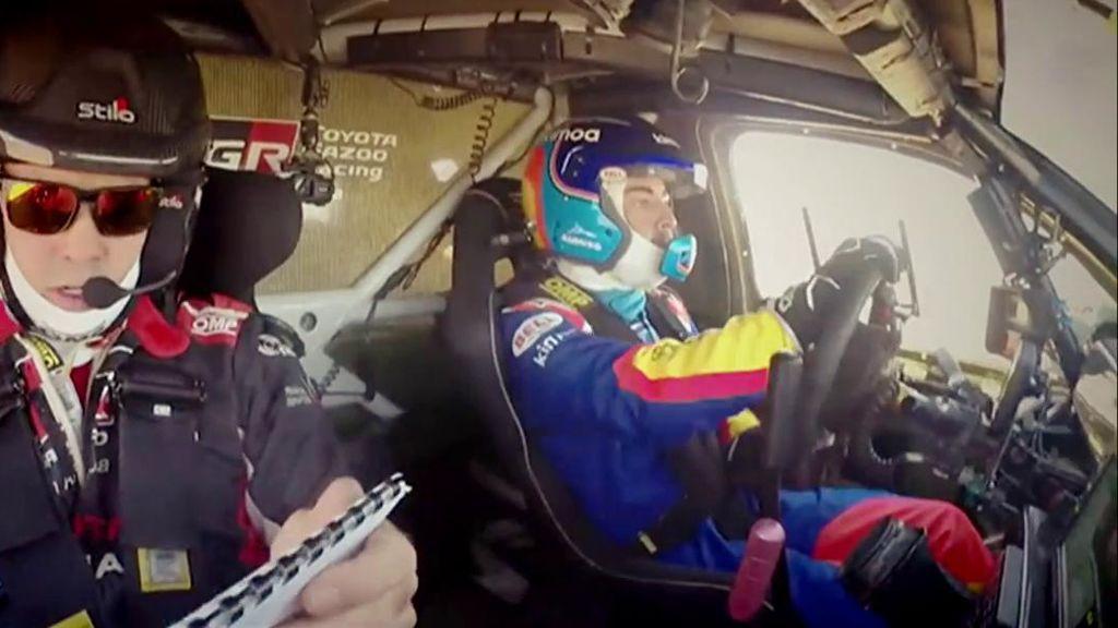 Fernando Alonso le pilla el gusto al Dakar en su primera toma de contacto en el desierto de sudáfrica