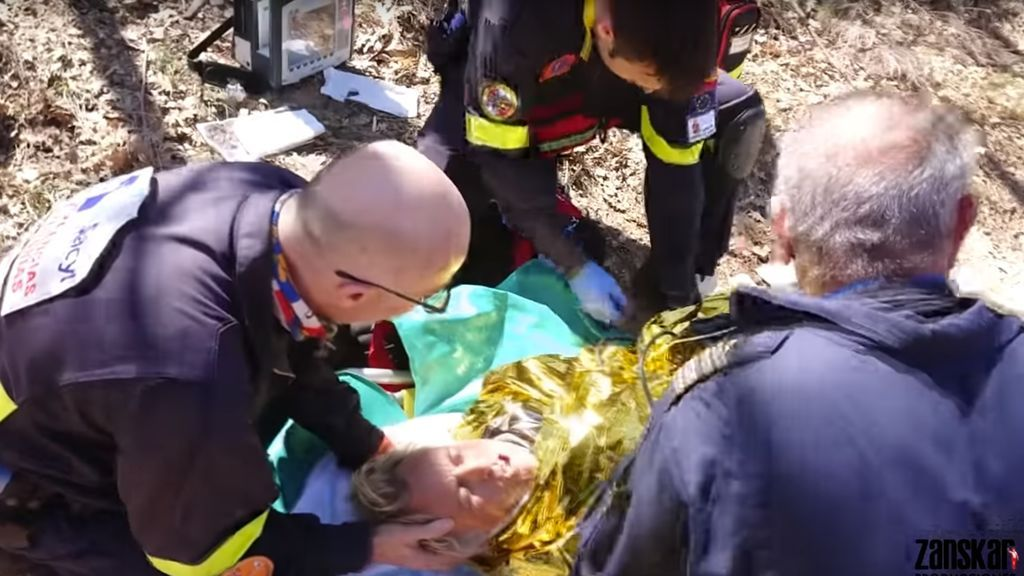 Imágenes exclusivas del rescate de Jesús Calleja tras su accidente en mountain bike