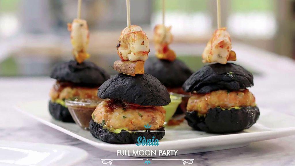 Triunfa en tu próxima cena con la hamburguesa 'Full moon party' de Sonia