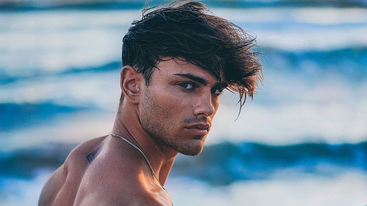 Sergio Carvajal 'Supervivientes' posa completamente desnudo en Ibiza