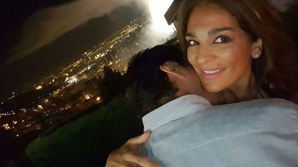 Raquel Bollo declara públicamente su amor por su novio