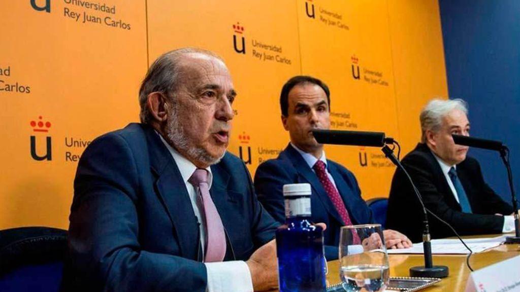 Muere Enrique Álvarez Conde, director de los máster de la Rey Juan Carlos I